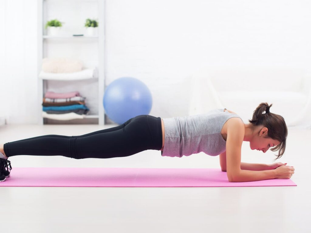 Plank exercise at home no equipment
